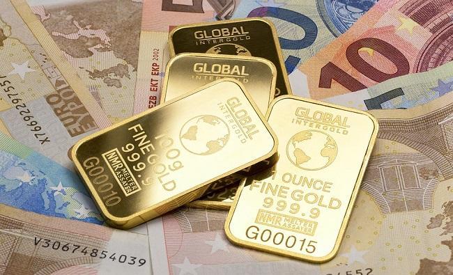 Perbandingan Investasi Emas dan Reksadana