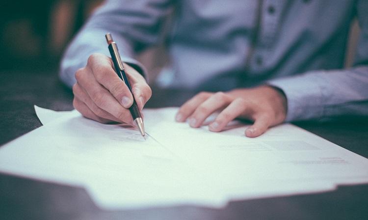 Apa Bedanya Sertifikat Deposito dan Deposito Berjangka