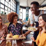 Kelebihan Terjun ke Bisnis Restoran Cepat Saji di Indonesia