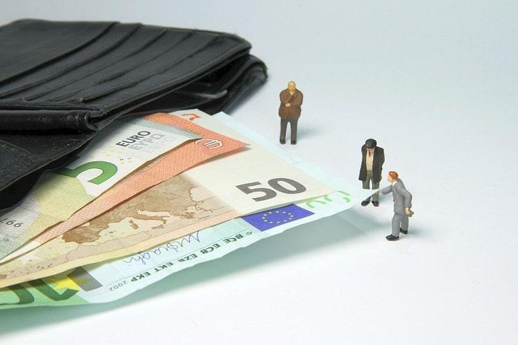 tips terhindar dari broker forex penipu