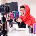 Bisnis Pernak-Pernik Wanita yang Paling Laku dan Menghasilkan Omset Besar