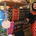 Menilik Peluang Bisnis Baju Etnik