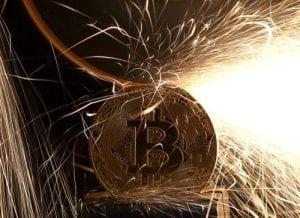 kinerja Bitcoin selama krisis