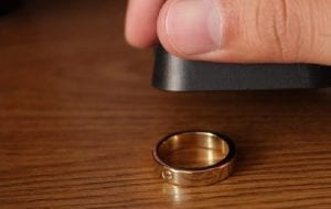 3 Cara Paling Mudah Menguji Emas Asli atau Palsu